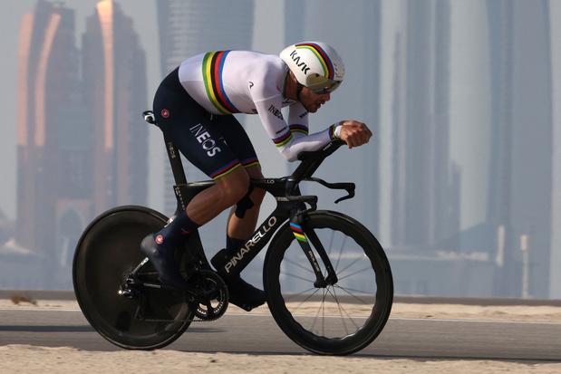 UAE Tour: wereldkampioen Ganna wint individuele tijdrit, Pogacar is nieuwe leider