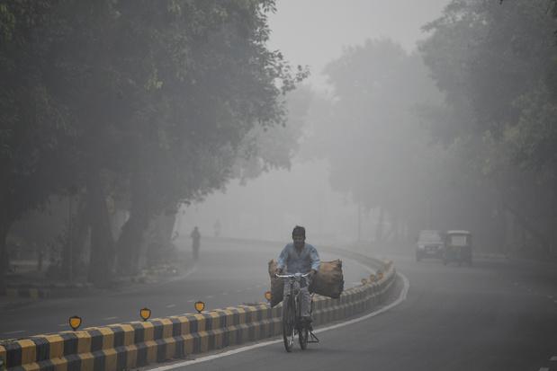 Delhi étouffe dans un brouillard de pollution