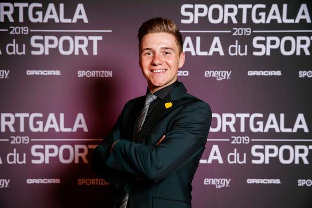 """Remco Evenepoel élu plus jeune Sportif belge de l'année: """"Je n'ai pas de mots"""""""