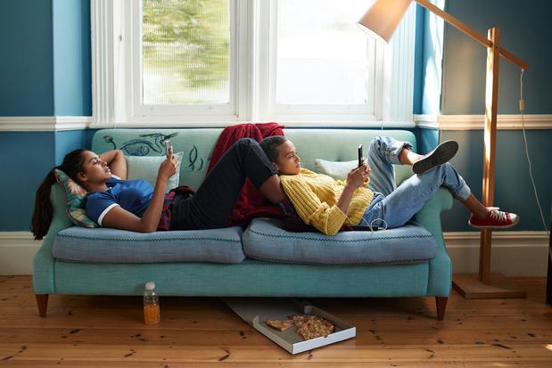 Meer dan de helft van vrouwen tussen 15 en 25 al online lastiggevallen