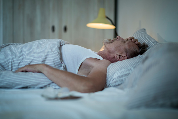 Ne pas assez dormir à partir du milieu de vie augmente le risque de démence