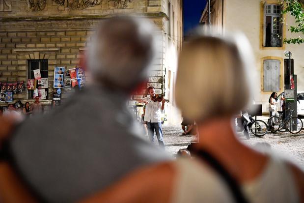 Le Festival d'Avignon s'accroche à un mince espoir