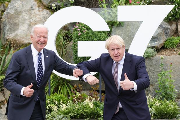 """Relation entre le Royaume-Uni et les Etats-Unis: de """"spéciale"""" à """"indestructible"""""""