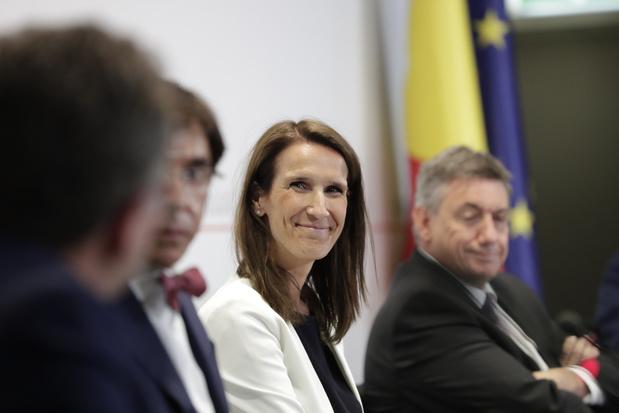 Le gouvernement entame ses consultations sur un plan de relance post-coronavirus