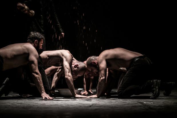 Critique scènes: Macbeth le Sarde