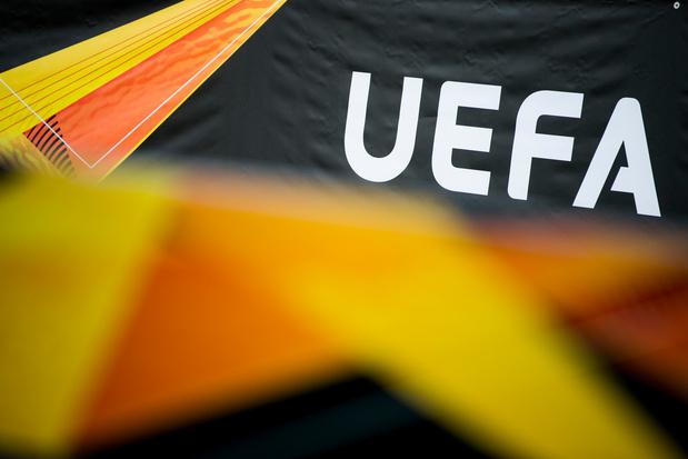 """Coronavirus: l'UEFA appelle à """"ne pas surréagir"""" avant la C1 et l'Euro"""