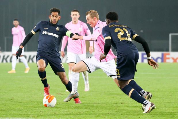 Europa League: Antwerp boekt belangrijke zege, KAA Gent opnieuw onderuit, Standard met late winst
