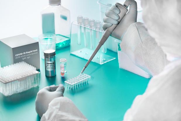 Covid-19: patiënten die na genezing opnieuw positief worden, zouden niet besmettelijk meer zijn