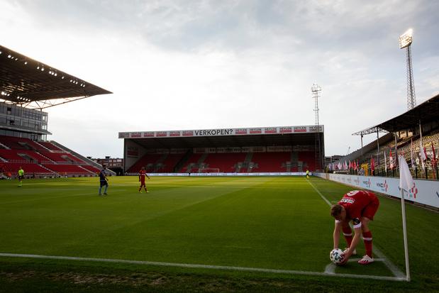 Vier spelers van Antwerp testen positief