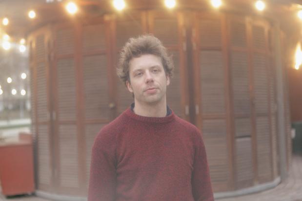 De nacht in met Antwerpse producer Avondlicht: 'Als iemand zo dichtbij komt, word je kwetsbaar'