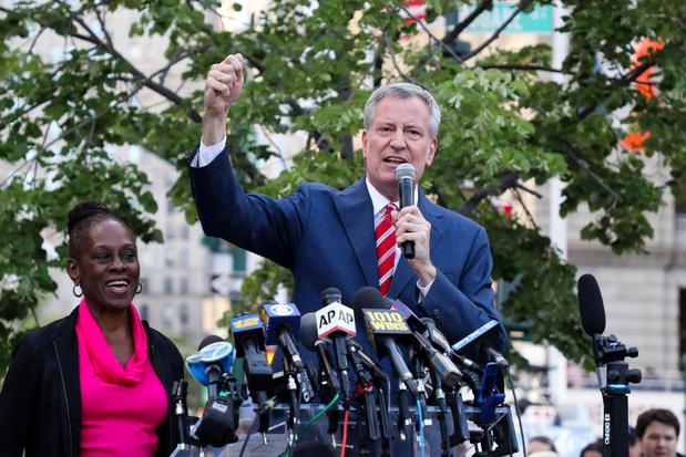 Burgemeester New York steunt Bernie Sanders