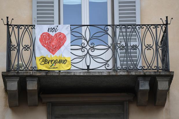En Italie, des proches de victimes du coronavirus portent plainte