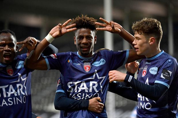 Charleroi en Moeskroen spelen gelijk na spannende slotminuten: 1-1