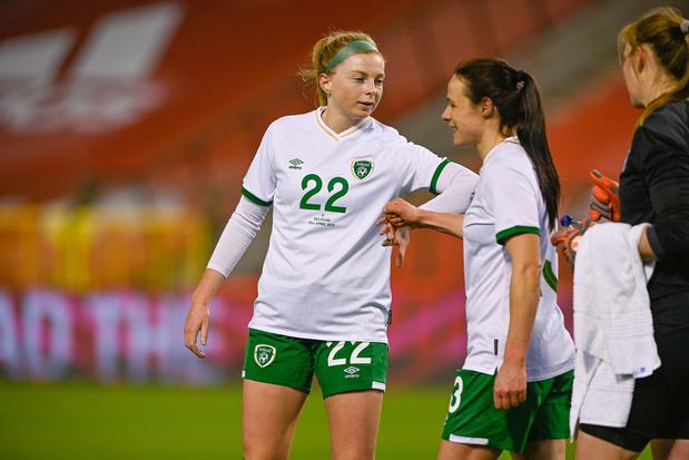 Les joueuses et joueurs de l'équipe nationale irlandaise percevront les mêmes salaires