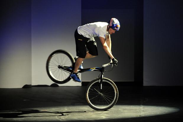 Sport in uw kot: sta stil met je fiets (video)