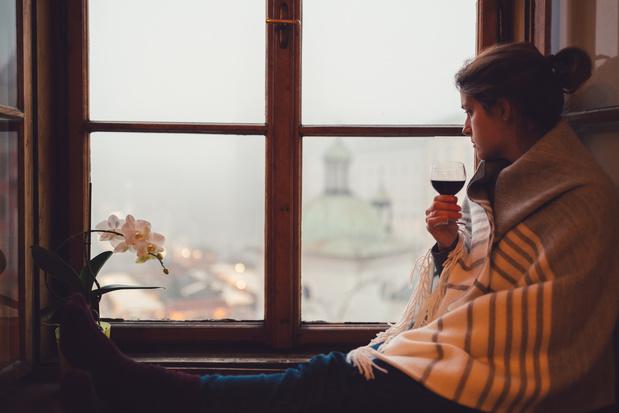 Het effect van isolement: met een verslaving de quarantaine door