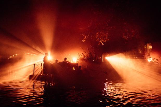 Paradise Down by the Lake : épisode 2