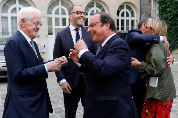 """La gauche française """"ne propose rien"""", déplore l'ancien président Hollande"""