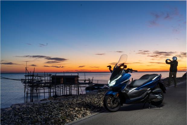 """Honda, KTM, Piaggio et Yamaha, la """"Dream Team"""" électrique"""