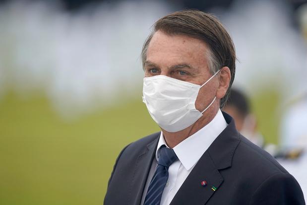 Brésil: les déclarations polémiques de Bolsonaro sur le Covid