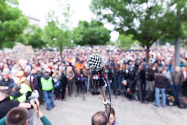 La démocratie est-elle en péril ? Et Périclès périmé ?