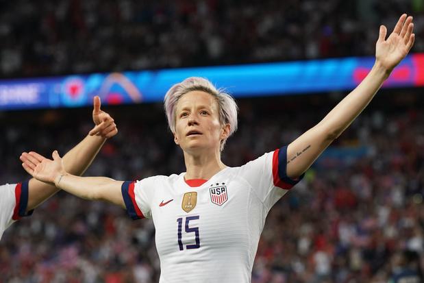 Rapinoe leidt Verenigde Staten naar halve finale van WK Vrouwen