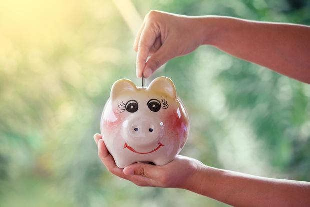 Donation aux enfants : 5 techniques pour rester maître de son argent
