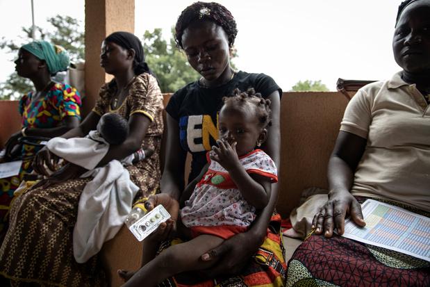 Hoe covid-19 de gezondheid van kinderen in humanitaire settings bedreigt