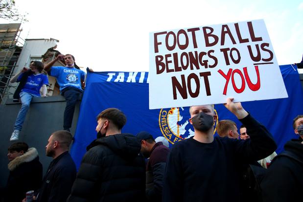 'Voetbal is in Europa in 2021 moeilijk te koop, het blijft van de fans'