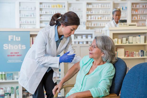 Deux pharmaciens sur trois veulent pouvoir administrer des vaccins
