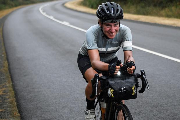La cycliste Fiona Kolbinger gagne une course de 4.000km... devant tous les hommes!