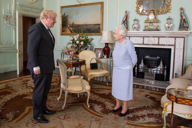Premier tête à tête en plus d'un an entre Elizabeth II et Boris Johnson