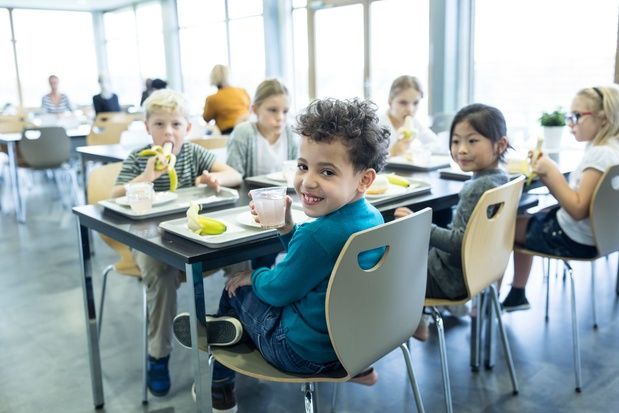 Verwelking van het Vlaamse onderwijs: 'Door goede slaaphygiëne kan het onderwijsniveau opklimmen'