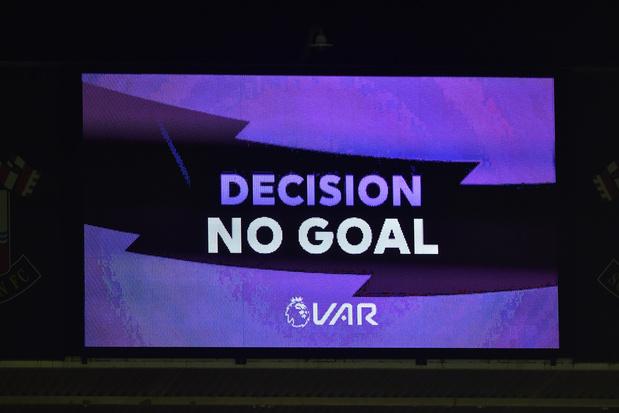 """La VAR doit se limiter aux erreurs """"claires et évidentes"""""""