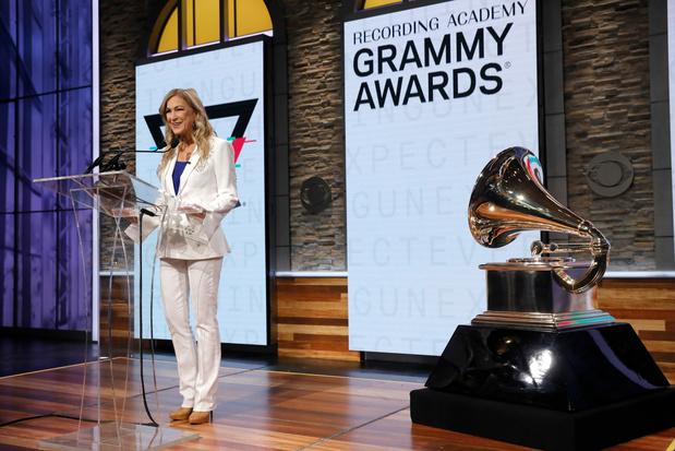 Topvrouw Grammy Awards officieel de laan uitgestuurd