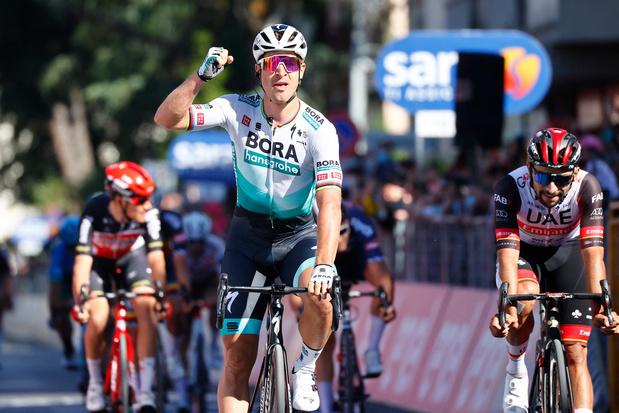 Giro: Sagan sprint in 10e rit naar winst, Bernal blijft leider