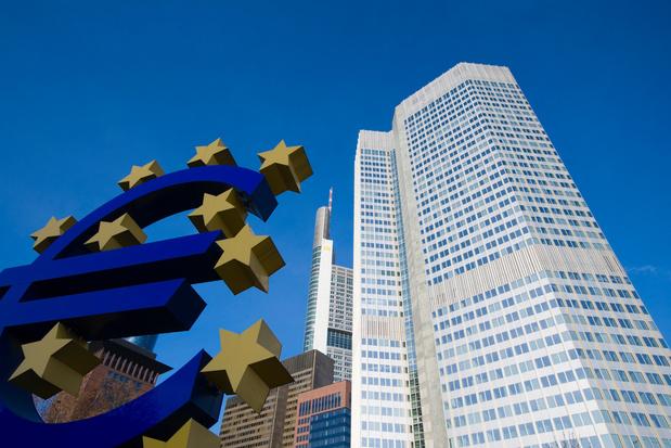 La Banque Centrale Européenne confirme son cap expansif sur fond de menaces pour la reprise