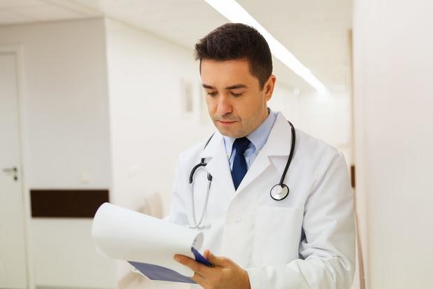 Avantages sociaux pour les médecins n'atteignant pas le seuil d'activité minimum