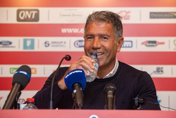 Mouscron stelt Enzo Scifo voor als nieuwe coach