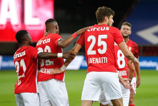 Standard eenvoudig voorbij Bala Town naar volgende voorronde Europa League