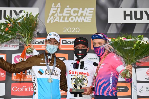 Marc Hirschi sprint naar winst in de Waalse Pijl