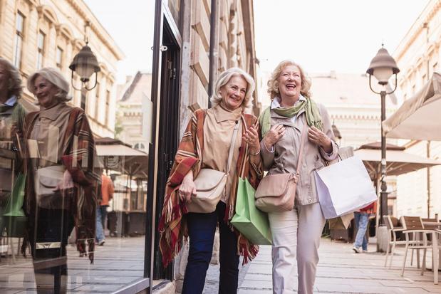 La qualité de nos relations sociales s'améliore et protège notre bonheur