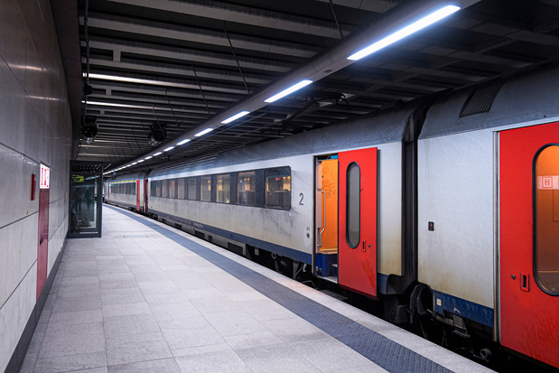 Grondwettelijk Hof houdt minimale dienstverlening bij spoorwegen overeind