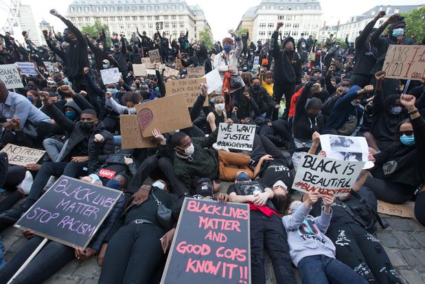 Polémique MR-PS sur l'irresponsabilité sanitaire de la manifestation bruxelloise