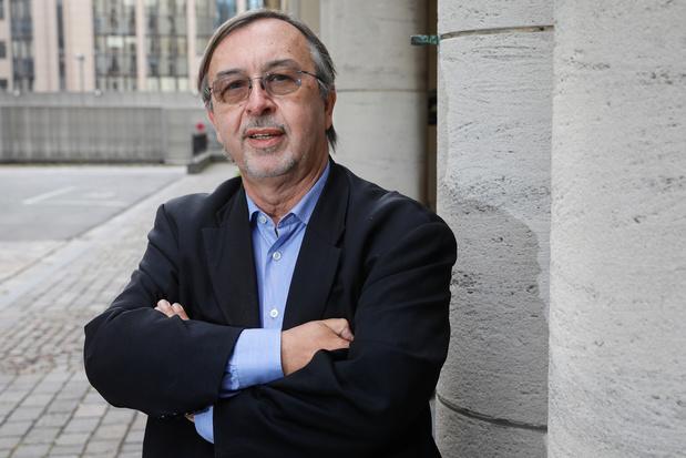 """Une province belge n'a plus de patients covid en soins intensifs: """"Une vraie bonne nouvelle"""", dit Yves Van Laethem"""