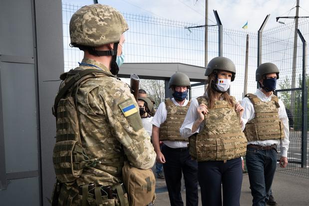 Wilmès bezoekt grens met Russische gebieden in Donetsbekken