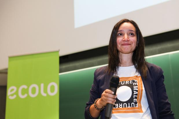 "Rajae Maouane (Ecolo) face aux racistes: ""Je ne me tairai pas..."""