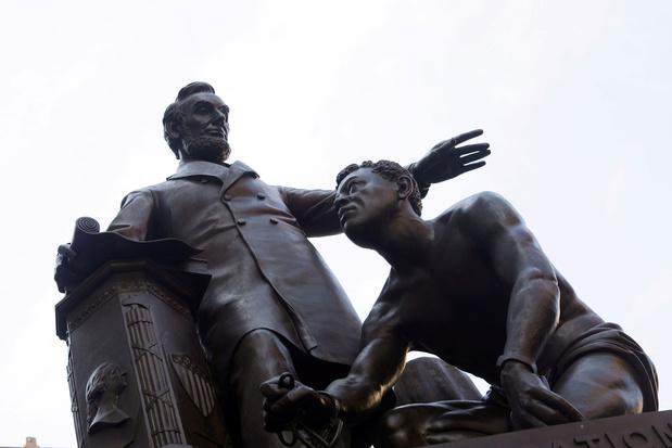 Controversieel beeld van president Lincoln verwijderd