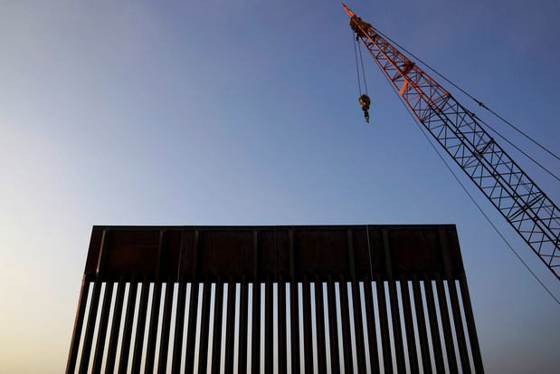 Rechter blokkeert poging van regering-Trump om grensmuur te bouwen met militair geld