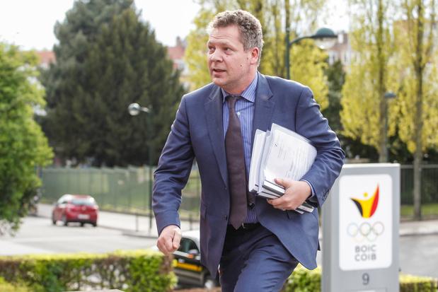 Laurent Denis, ancien avocat controversé, à Sclessin